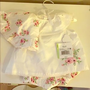 Floral Baby outfit with hat
